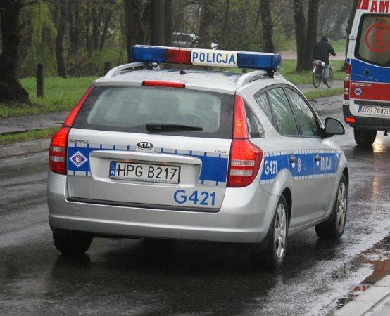 Policja Lublin: Lublin: Policjanci i kontrterroryści z prezentami u małych pacjentów