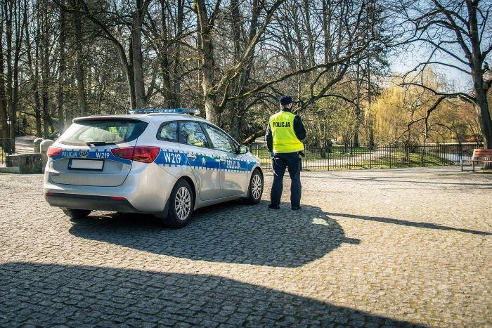 Policja Lublin: Łupem oszustów padło 135 tysięcy złotych oraz karta bankomatowa z pin-em. Apelujemy o ostrożność